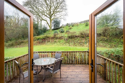 Lovely apartment in Trap, Llandeilo
