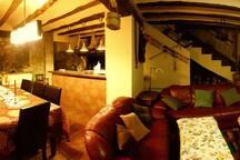 vista salón comedor con cocina ofice