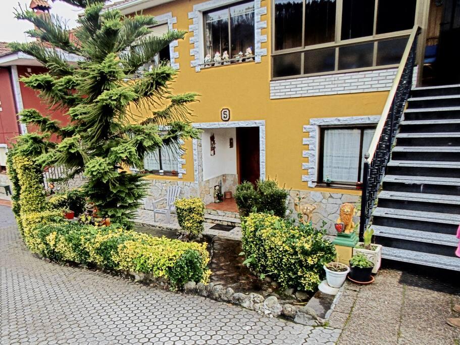 Casa Con Inmenso Jardin Casas En Alquiler En El Cerro