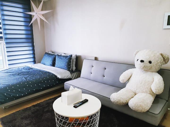 Wilson's house♡, 신분당선 정자역 5번출구 까페거리+무료주차(3명 가능)