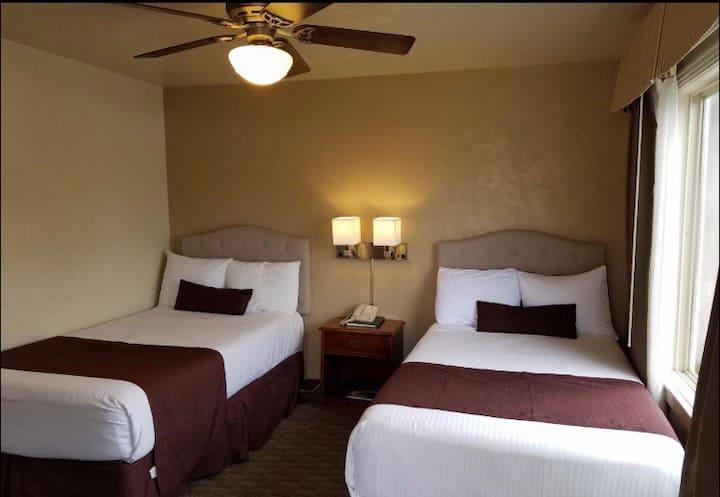 Monterey ! 2 Separate Bedroom KITCHEN/Q/TT