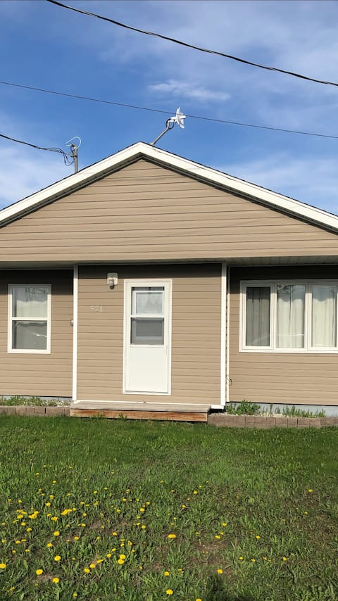 Nicely finished 2 bedroom bungalow