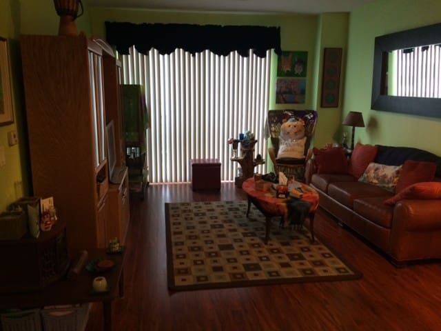 Convenient Condo with many choices right outside! - Rockville - Lejlighedskompleks
