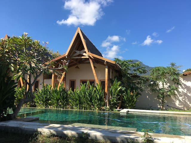 Kalyssa Beach Bungalow 9 with Pool in Pemuteran