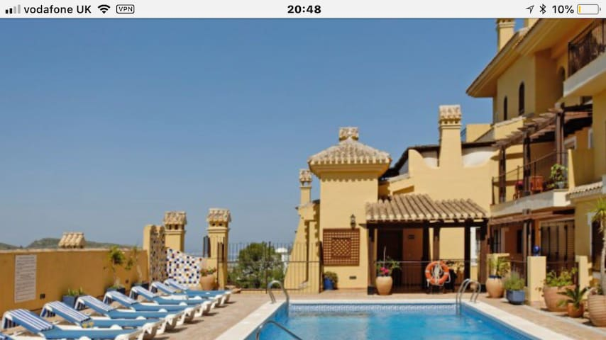 El Pinar luxury 2 bedroom duplex apartment