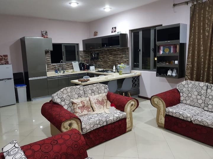 Mount view one bedroom apartment 2 or 1 bed option