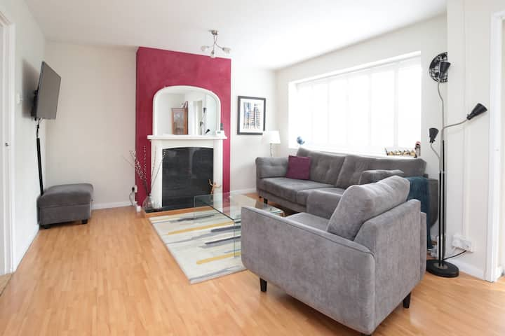 Lovely 2BR Oxford Apartment nr. JR Hospital