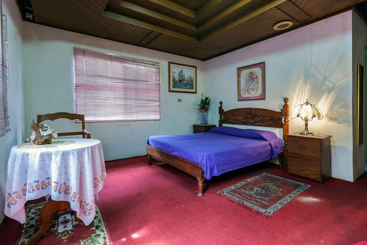 Villa Leoncia - Tagaytay - Tagaytay - Bed & Breakfast