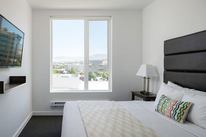 Radiant 2 Bed at The Fowler