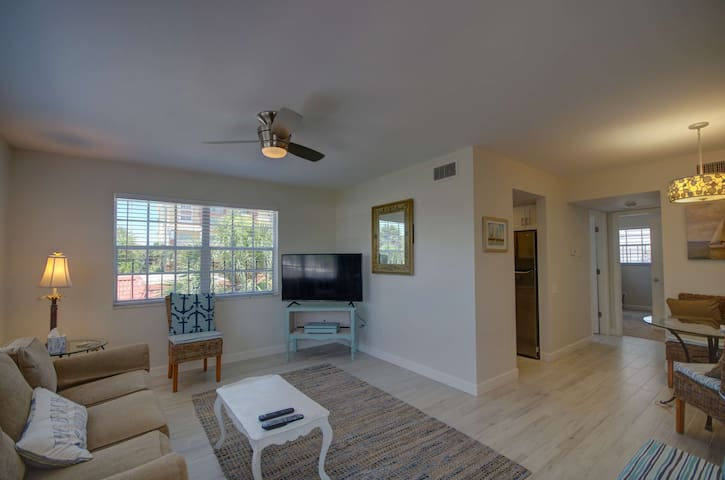 Cozy Condo in Redington Beach