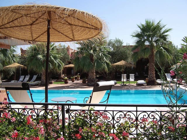 Lovely Riad Marrakech countryside