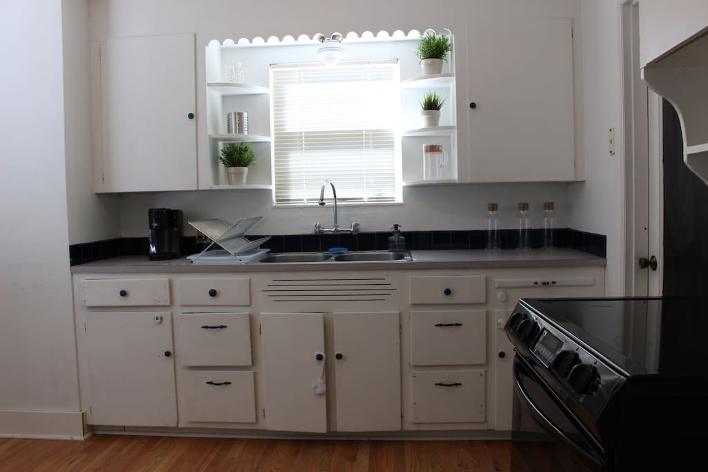 Full access to kitchen