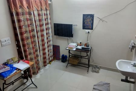 Walkable Apartment to Meenakshi Temple-Entirefloor