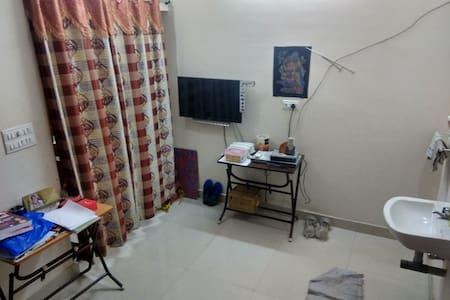 Walkable Apartment to Meenakshi Temple-Entirefloor