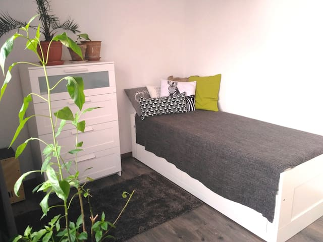 Cozy room in the city center of Veszprem - Veszprém - Appartement