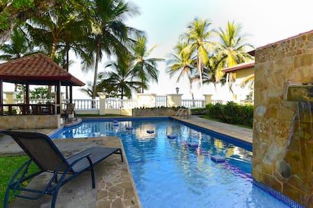True Beachfront Condo Jaco Beach Village - Herradura - Condominium