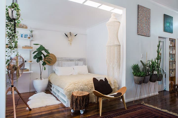 Eclectic Studio Apartment - Islington - Villa