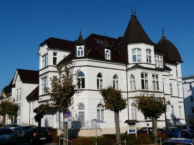 Schloss Hohenzollern in Ahlbeck auf Usedom