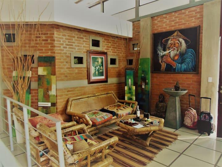 Private bedroom in Escazú.