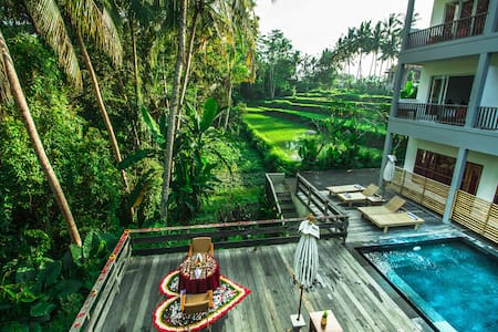 Deluxe Room Only at Sembuwuk Village Ubud - Ubud - Bed & Breakfast