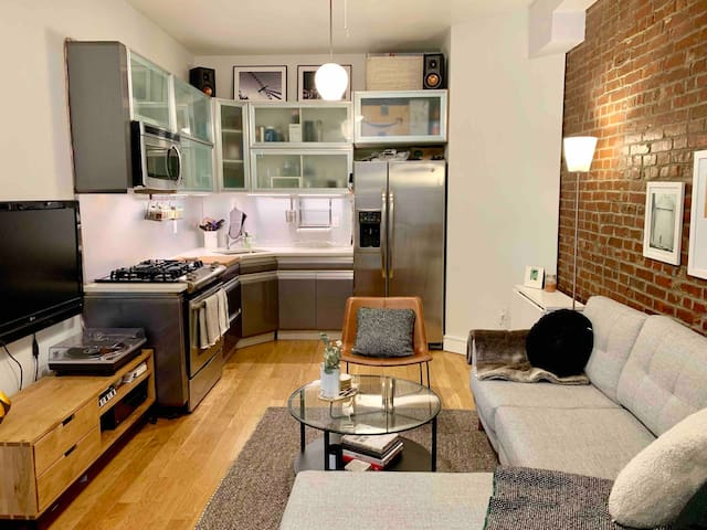Beautiful 2 Bedroom near Brooklyn Museum!