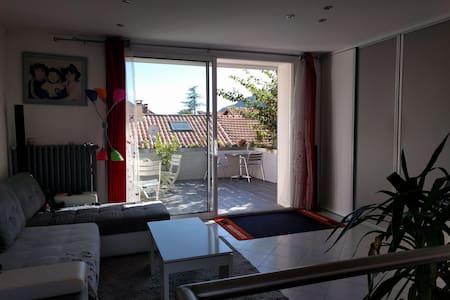 Chambre à Sisteron - Petit déjeuner inclus - Sisteron - Hus