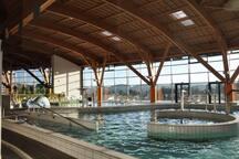 L'Ozen centre aqua-ludique à Monistrol sur loire à 15 minutes et tarifs réduits.