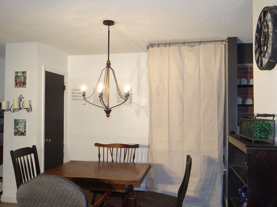 With this open floor plan, the dining room allows a great space for a small group of guests. A stackable washer / dryer is hidden but available for your use. (Note : washer has only hot water)
