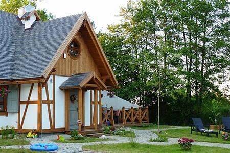 Majówka - Karwia - Poland - Baltic sea - Karwieńskie Błoto Drugie - House