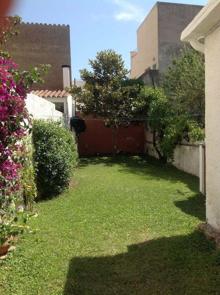 Rustic house with a spacious garden