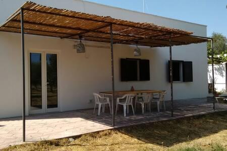 Casa indipendente nell'uliveto - Cutrofiano - Σπίτι