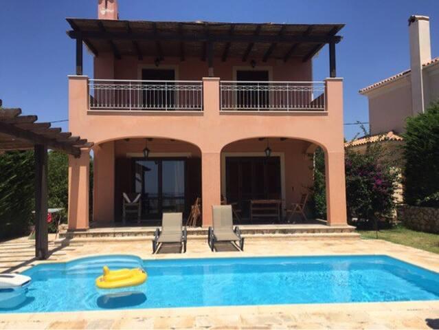 Villa Marianthi with pool - Metaxata - Villa