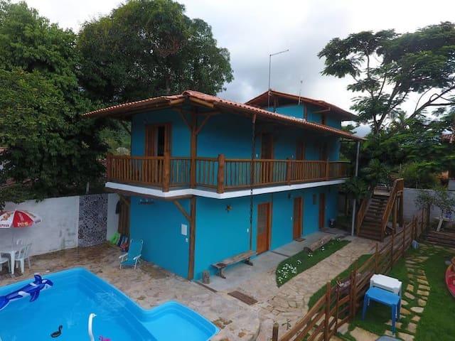 Espaço Dona Florinha - quarto Castelhanos - Perequê - Ilhabela