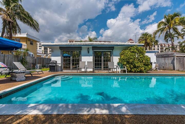 NEW!! Misty Ocean Villa: Walk to beach, with pool