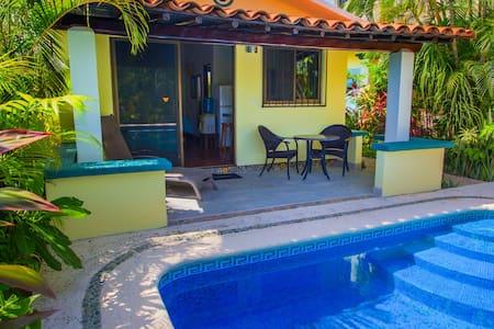 Beautiful Pool Bungalow Caracoles