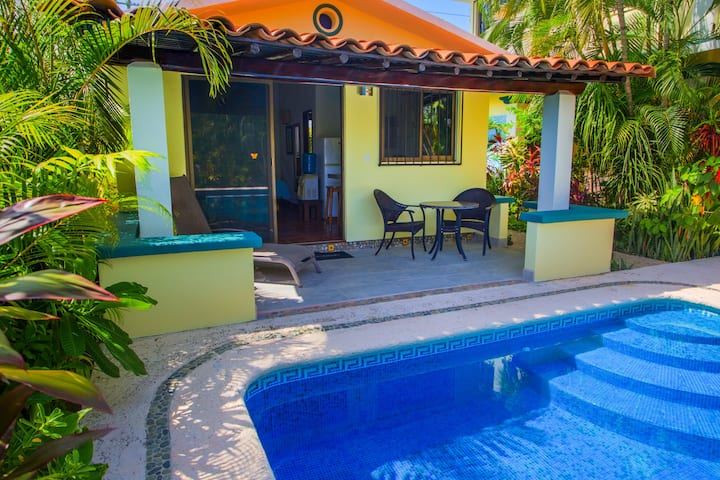 Beautiful Pool Bungalow Caracoles