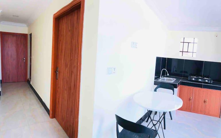 Convenient 48m2 apartment , 15 min to riverside