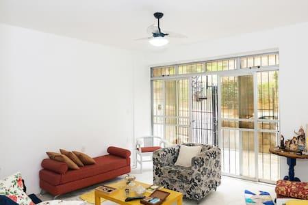 Single room in Barra - Salvador - Huoneisto