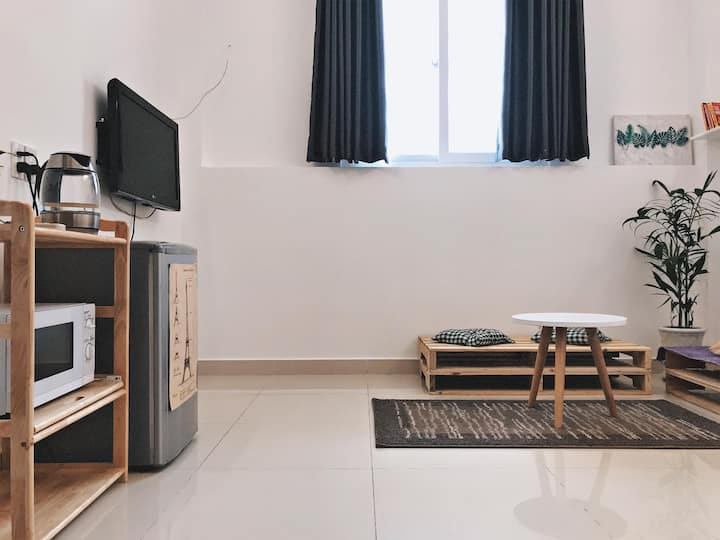 Quiet 1br Serviced Apartment near D1 and D2