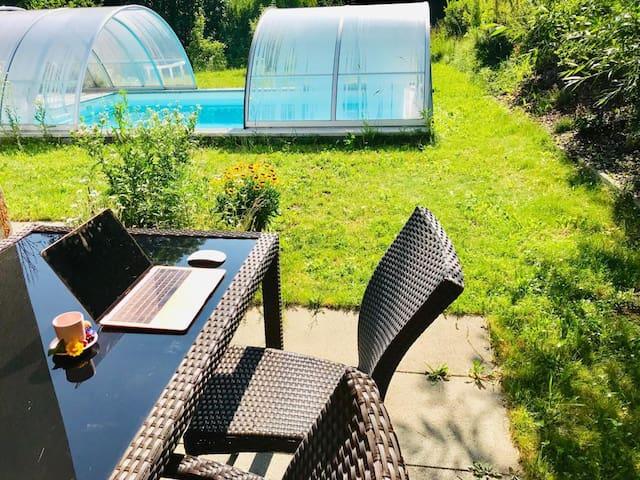Modern, puristic, Garden, Water bed