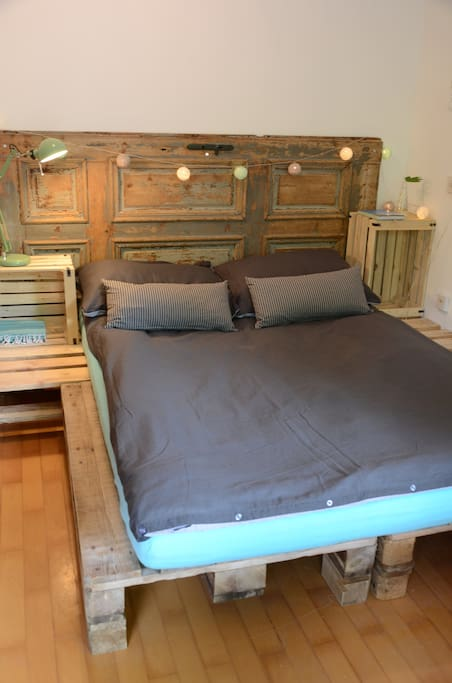 5* hotel king size mattress and bed linen