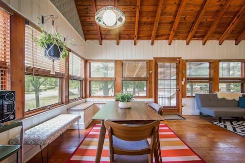 The Sunshine Cottage