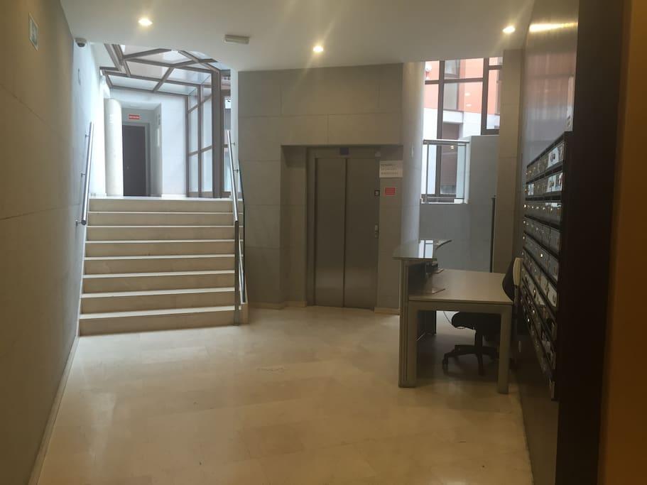 Estupendo apartamento centro malasa a appartements - Les luxueux appartements serrano cero madrid ...