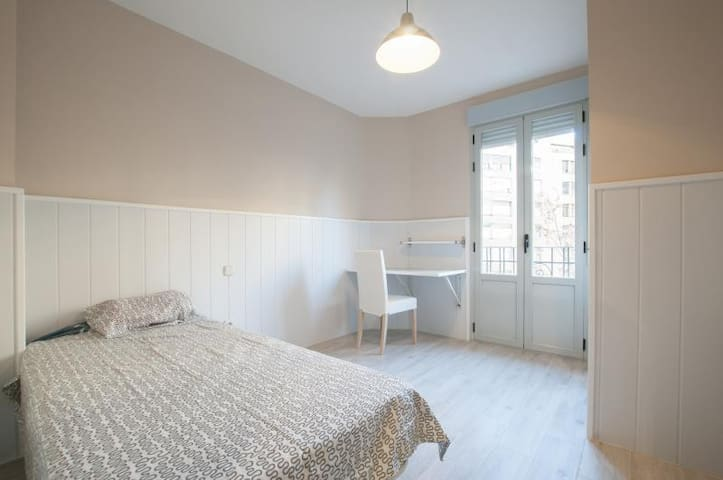 4 bedroom apart renewed fantastic neighborhood 1C3 - Madrid - Flat