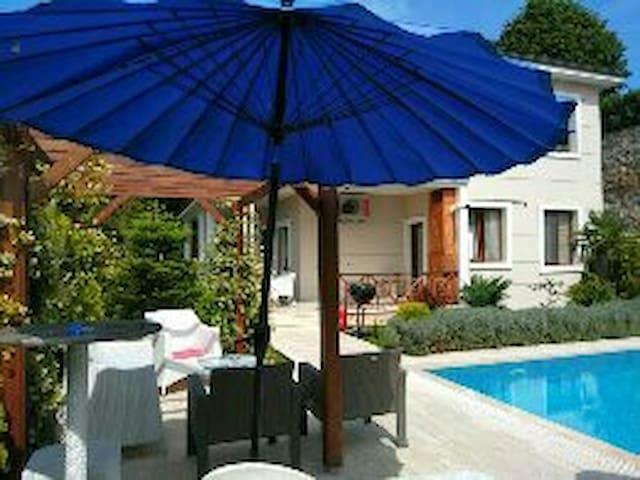 ıhlamur konağı özel havuzlu - Sapanca - Villa