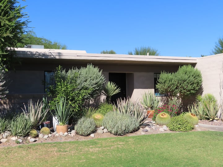 Sagewood Patio Home in Central Palm Springs