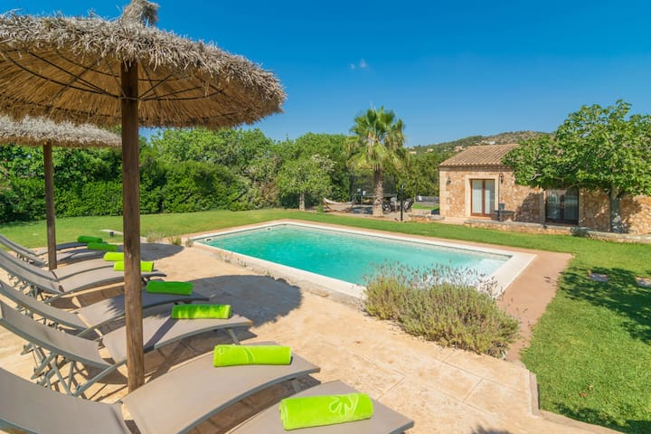 SA PUNTA - Villa with private pool in Son Carrio.