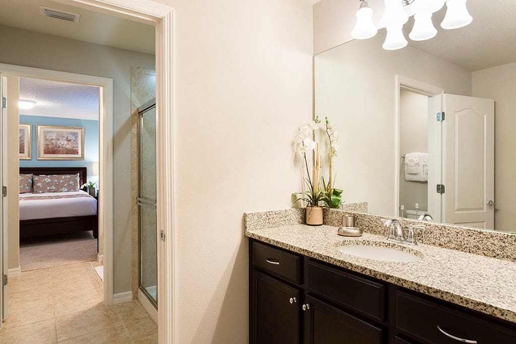 Sweet Home Vacation Rental Homes: 8 Bedrooms Pool Villa Windsor at Westside #5 (Bedroom)