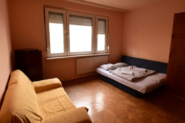 Big flat close to old town and citycenter - Bratislava