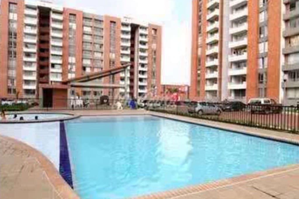 Apartment ciudad jard n wpool no compartido entero for Archies cali ciudad jardin